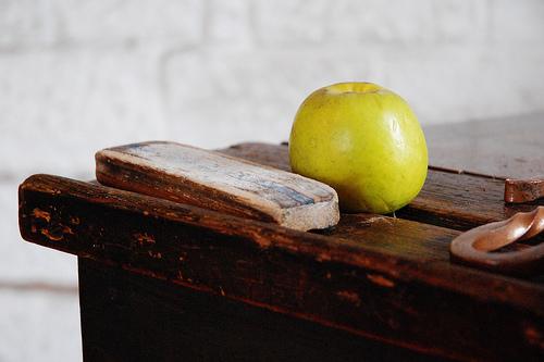 http://www.flickr.com/photos/pikaluk/2226737894/
